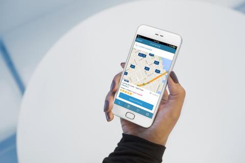 Hitta, boka och betala parkering i förväg med FordPass