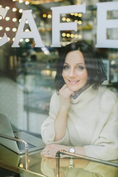 Porträttbild Frida Ramstedt CMYK