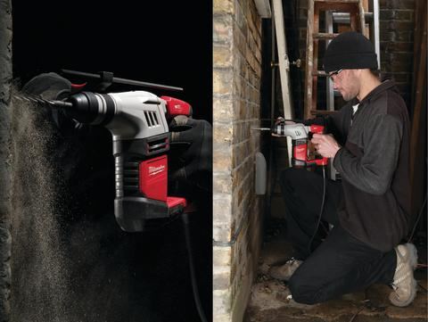 Milwaukee utvider nå sitt sortiment innen bor og meiselhammere med lanseringen av den nye PLH 20 2 kg SDS-Plus L-formet borhammer.