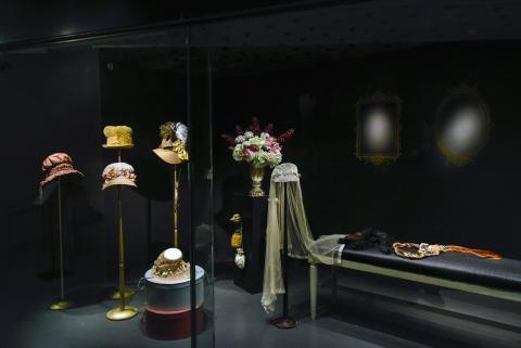 A Sense of Jane Austen - D