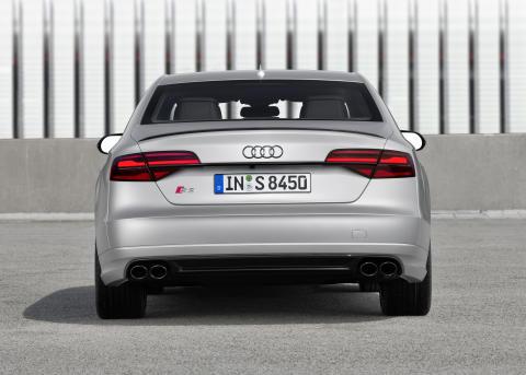 Audi S8 plus i Florett Silver matt static rear