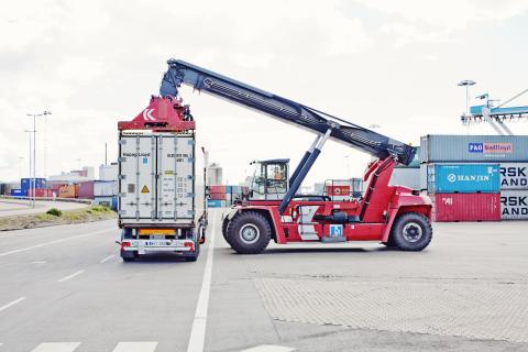 Containerhantering på Combiterminal