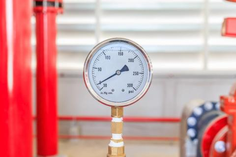 Vilket tryck eller temperatur gäller vid indelning av tryckbärande anordningar enligt AFS 2017:3