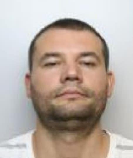 Ringleader of cigarette smuggling gang jailed