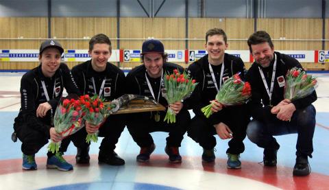 Curling: Dubbla elitserieguld till Skellefteå CK