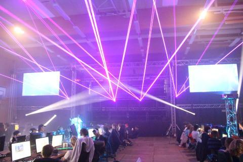 E-sporten intar Kollahallen i Kungsbacka