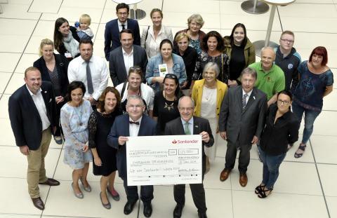 Santander spendet 125 000 Euro für den guten Zweck
