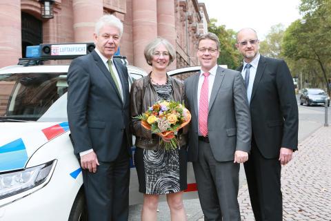 Plug-in Hybrid Outlander für das Hessische Wirtschaftsministerium