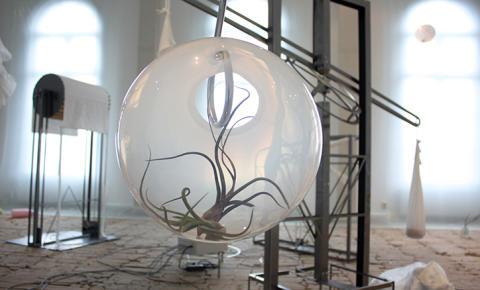 Welcome Back förlängs – Välkommen till konstnärssamtal i utställningen