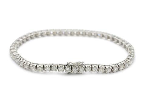 Klassiska 27 september, Nr: 150, ARMBAND, 18K vitguld, 50 briljantslipade diamanter 4,51 ctv