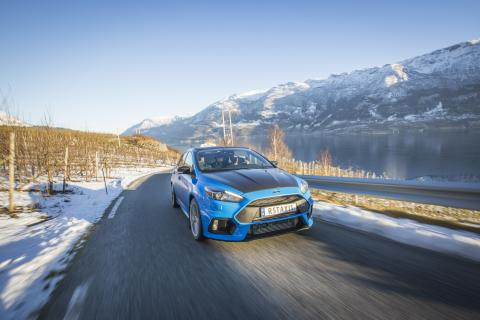 2018 Ford Focus RS taxi (4)