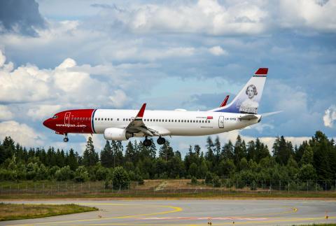 Landing Norwegians LN-DYG