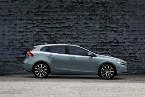 Volvo V40 T4 Momentum Location Profile
