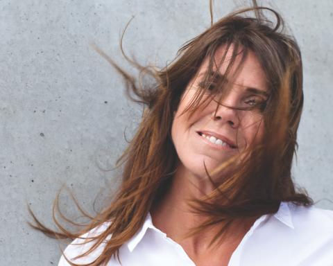 Én af Danmarks største og mest markante sangerinder, Hanne Boel, udgive en lang række helt nyfundne uudgivet numre fra perioden 1989 – 2007, i dag den 3. feb.