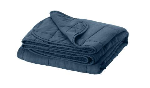 GULVED sengetæppe 379.-