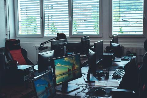 Leistungszentrum für eSport im ElsterCube eröffnet