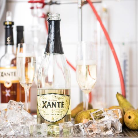 Xanté Sparkling & Pear med is