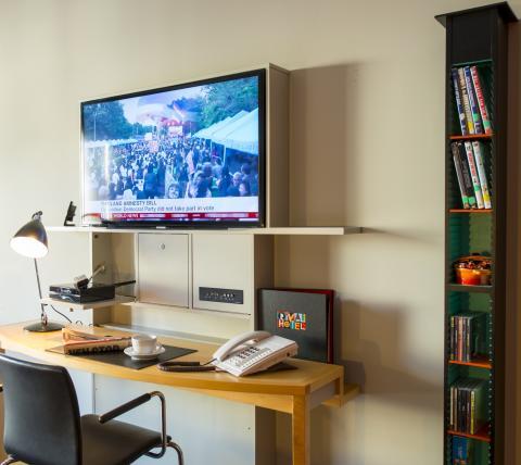 Smart tv och Blu Ray på Rival