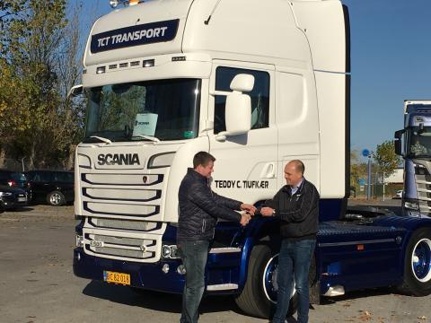 Vognmand Teddy C. Tiufkær køber hel Scania-pakke