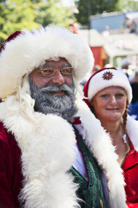 Julemand og nissemor i varmen