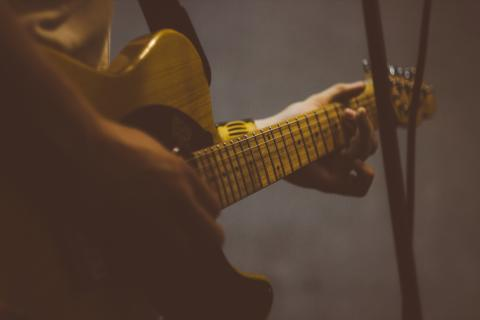 Gør livet nemmere for guitarister og bassister