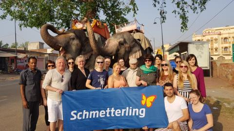 Mit Schmetterling International nach Indien