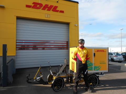 DHL Express utökar sina leveranser och upphämtningar med el-lastcyklar till Göteborg