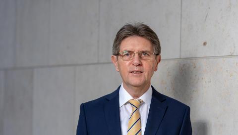 """Terminerinnerung: Vortrag Klaus Vitt, Staatssekretär im Bundesinnenministerium, über """"Cybersicherheit"""" am 7. November 2018"""
