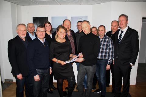 Yrkan växlas mellan Plåt & Ventföretagen och Svenska Byggarbetareförbundet