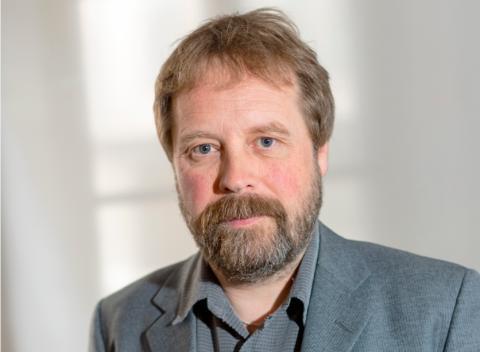 SwedenBIO välkomnar långsiktighet – men fler kraftfulla insatser behövs