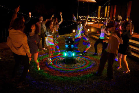 Partyløver kommer til å elske Sonys nye, superkraftige musikkanlegg