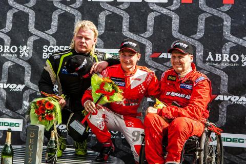 Favoriterna pallade för trycket i RallyX Nordic-premiären