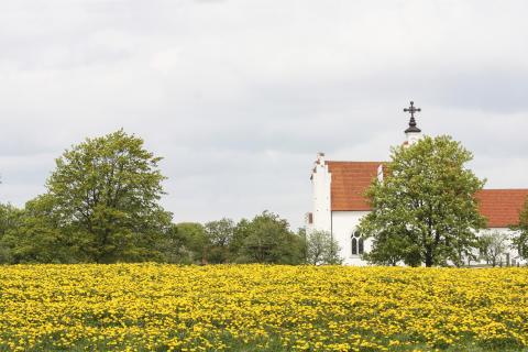 Var tionde kyrka öppen också som sommarkyrka