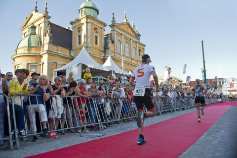 Student-VM i triathlon och 3x3 basket till Sverige 2018