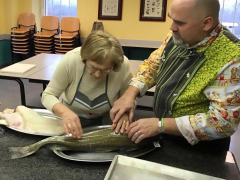 Los cocineros con discapacidad visual descubren los secretos del Salmón y el Skrei de Noruega