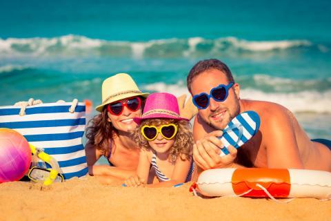 Nu kan familjer - äntligen - jämföra charterresor på nätet