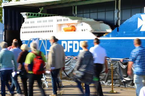 DFDS LEGO Schiff_In Kiel_1