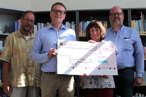 Mitarbeiter-Spende: Westfalen Weser Energie-Gruppe unterstützt Ambulanten Hospiz- und Palliativ-Beratungsdienst Lippe e.V.