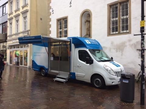 Beratungsmobil der Unabhängigen Patientenberatung kommt am 09. Januar nach Paderborn.