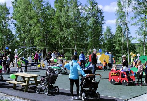 Invigning av Linbaneparken i centrala Skinnskatteberg - tänk vad ett medborgarförslag kan generera!