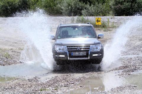 Mitsubishi Pajero überzeugt erneut mit stabilem Restwert