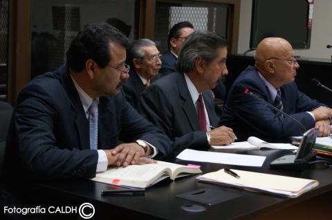 Guatemalas ex-diktator Efraín Rios Montt inför rätta