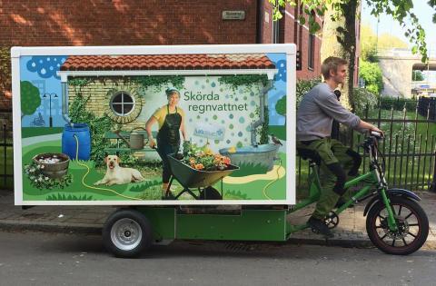Invigning: Cyklande utställning lär malmöbor skörda regnvatten
