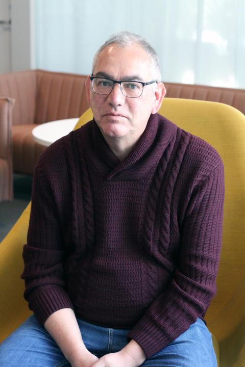 Guy Baeten (stående)