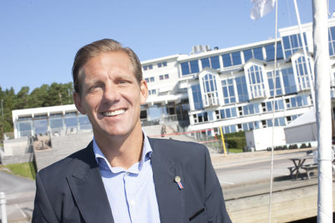 Paric E Österström