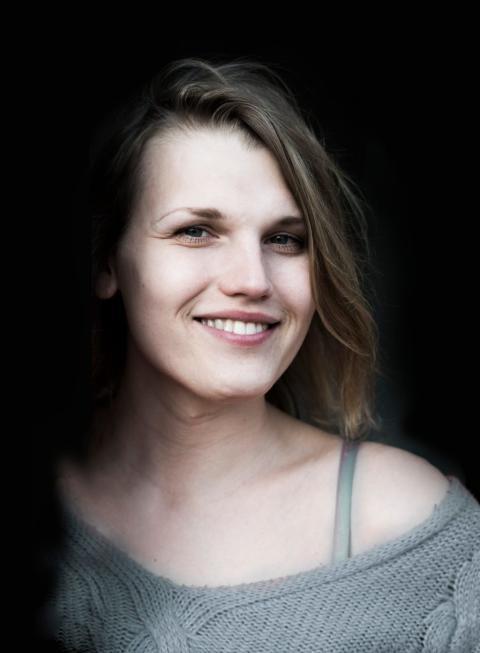 'Bögtjejen' diskuterar könsroller i Borås
