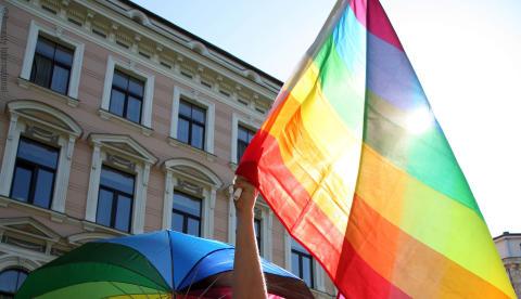 Världen: Trakasserierna mot  homosexuella män i Tjetjenien måste upphöra