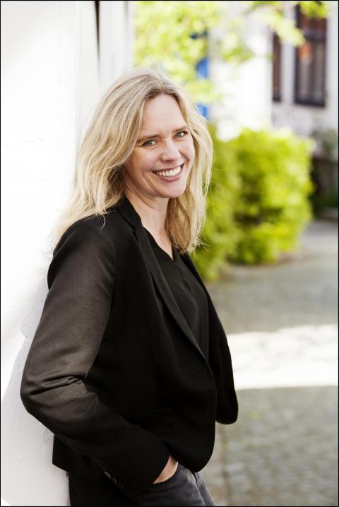 "Solveig M. Tjeltveit debuterer med diktsamlinga ""Noo gode Gnu"""