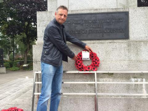 Wreaths laid for those who went 'a bridge too far'