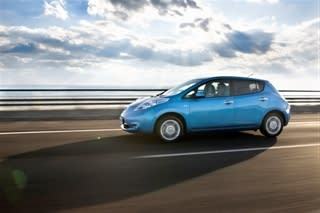 Nissan LEAF cars connected at all times through Telenor Connexion